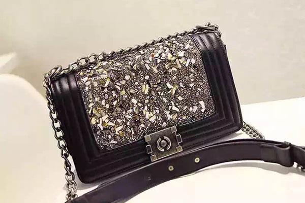 Túi xách nữ thời trang cao cấp Chanel Boy đính đá
