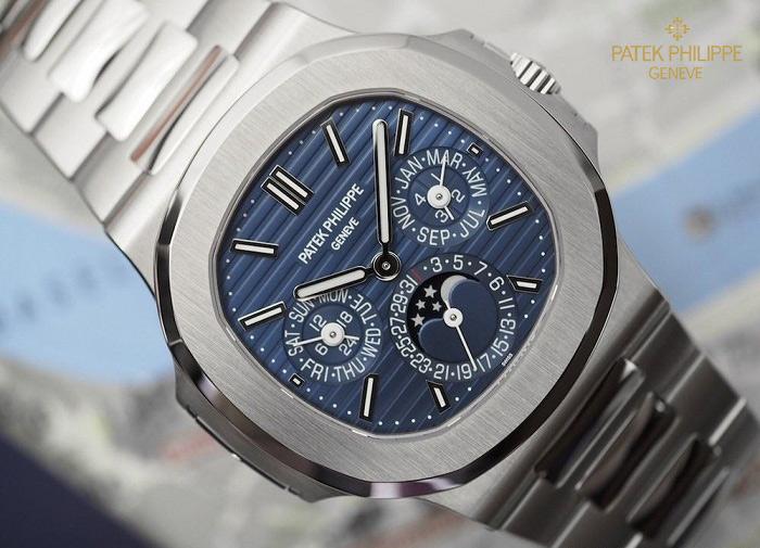 Đồng hồ nam cao cấp Patek Philippe Nautilus 5740/1G-001